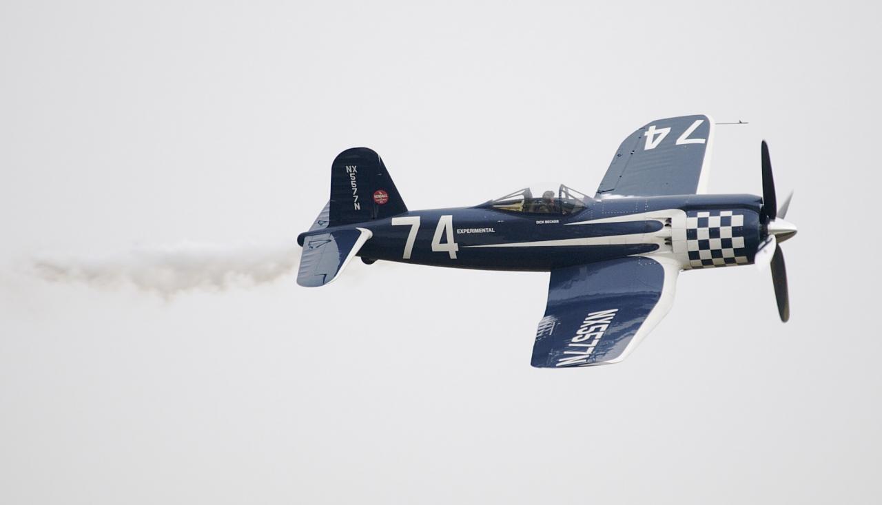 F2G2 - Corsair N°74