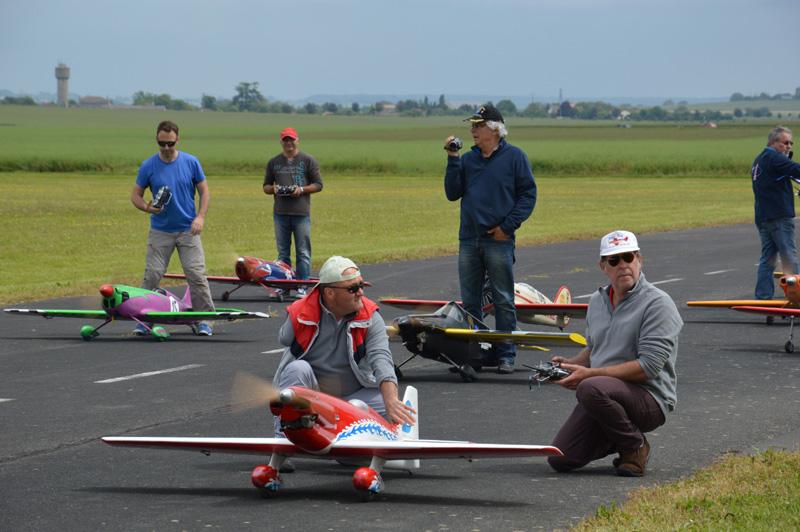 Une Petite Course Pour le Fun à 14 avions